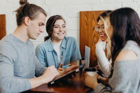 Als Kita-Leitung ist es deine Aufgabe, dein Team weiter zu entwickeln. Nutzt die Team-Zeit Supervision als Möglichkeit für intensives und lebendiges Lernen im Team.